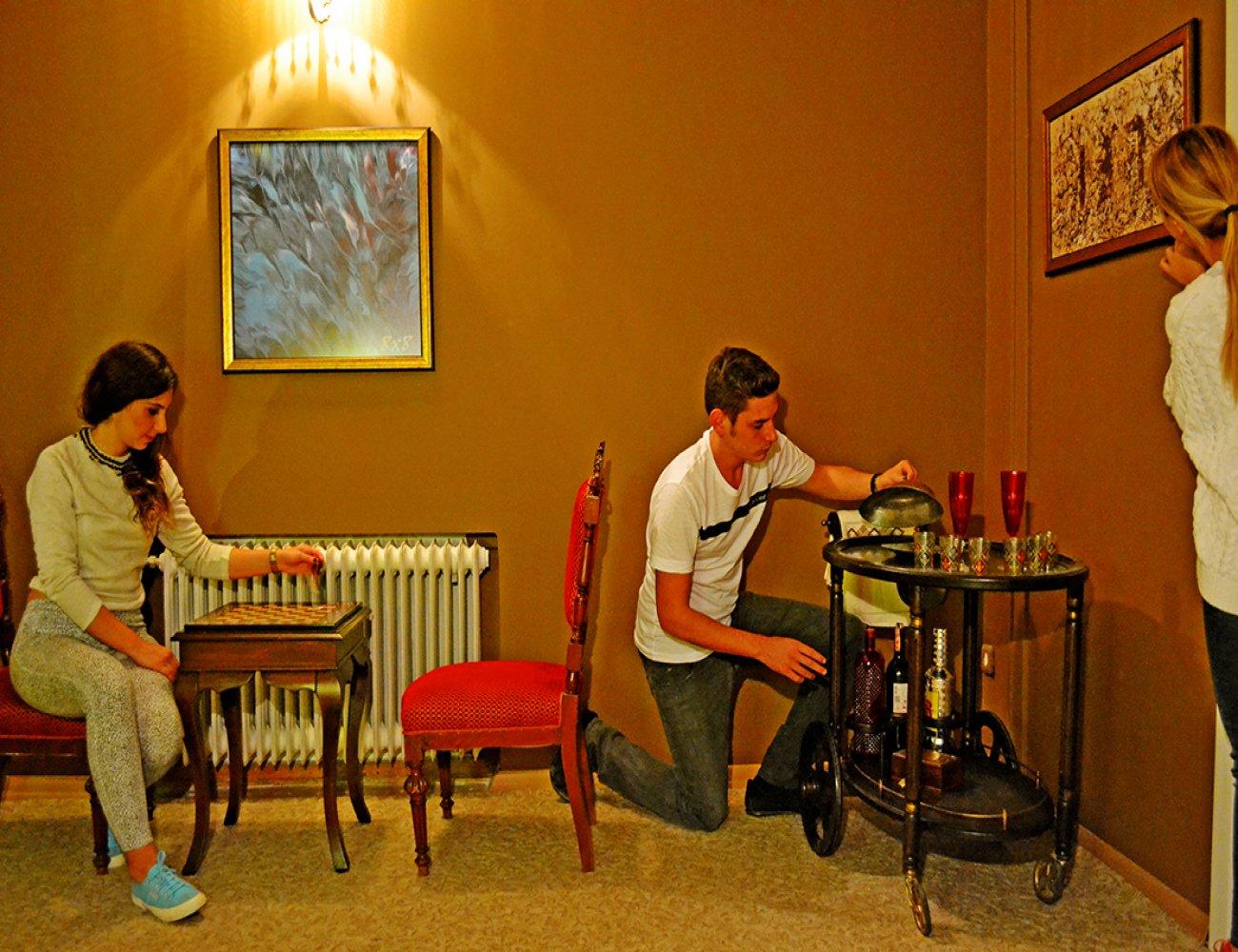 Locked In - The Hotel Gerçek Evden ve Odadan Kaçış Oyunu