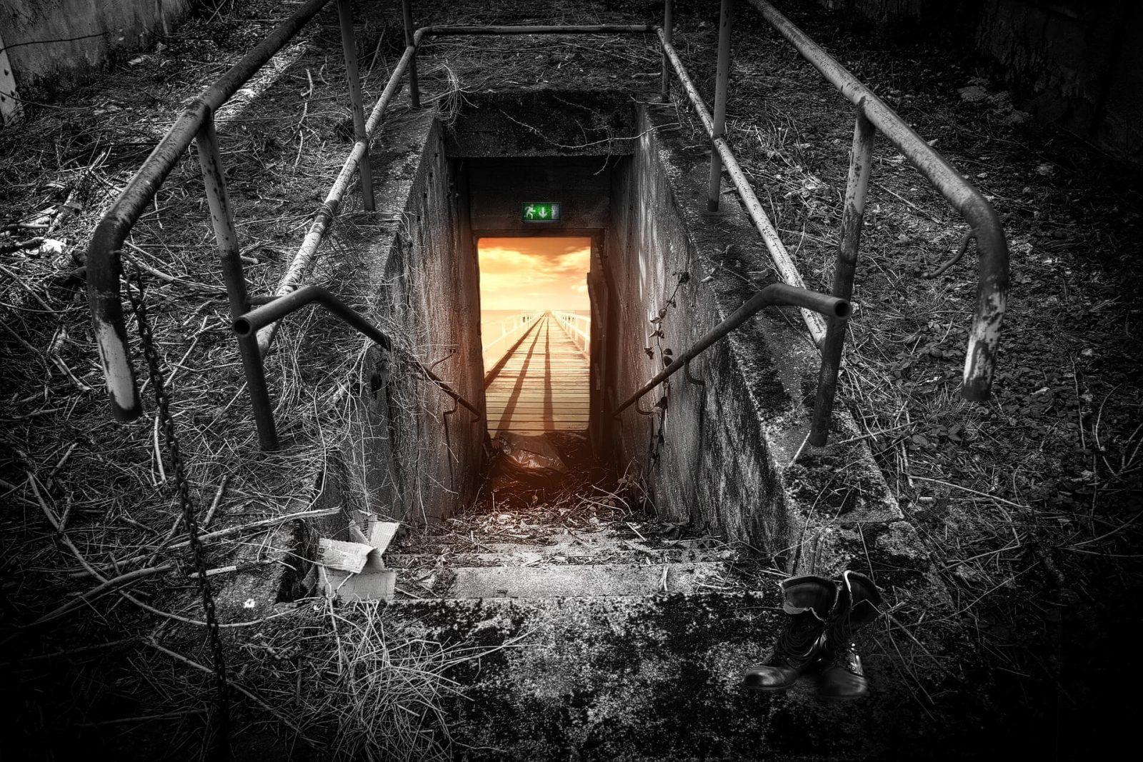Esscaper Korku Evi ve Gerçek Evden Kaçış Oyunu