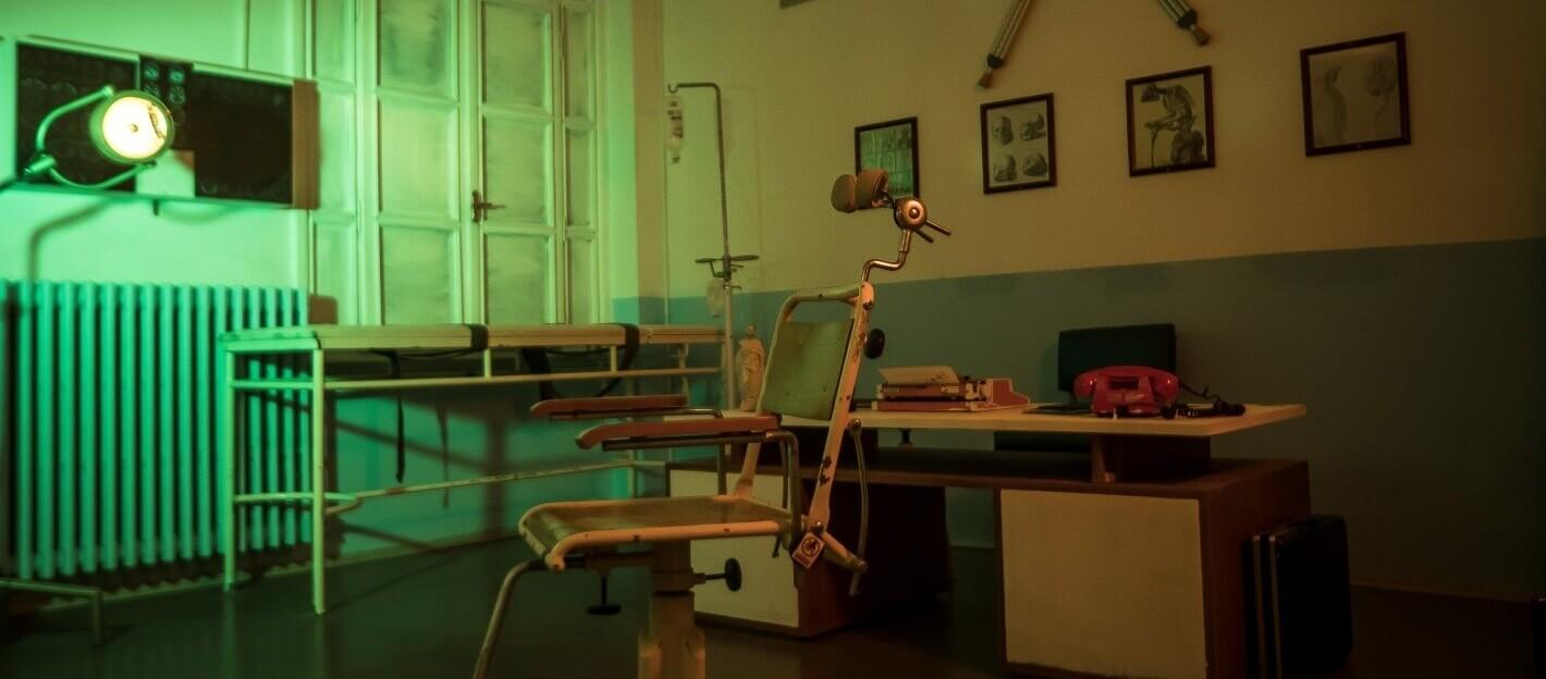 SirLockHomes - İstanbul - Klinik Gerçek Evden ve Odadan Kaçış Oyunu